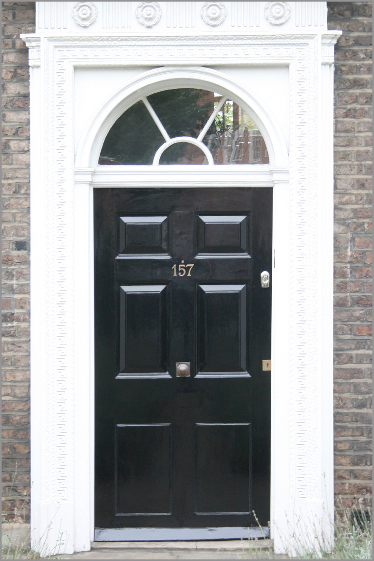 Cloverdale paint front door fiberglass - What temperature can you paint outside ...